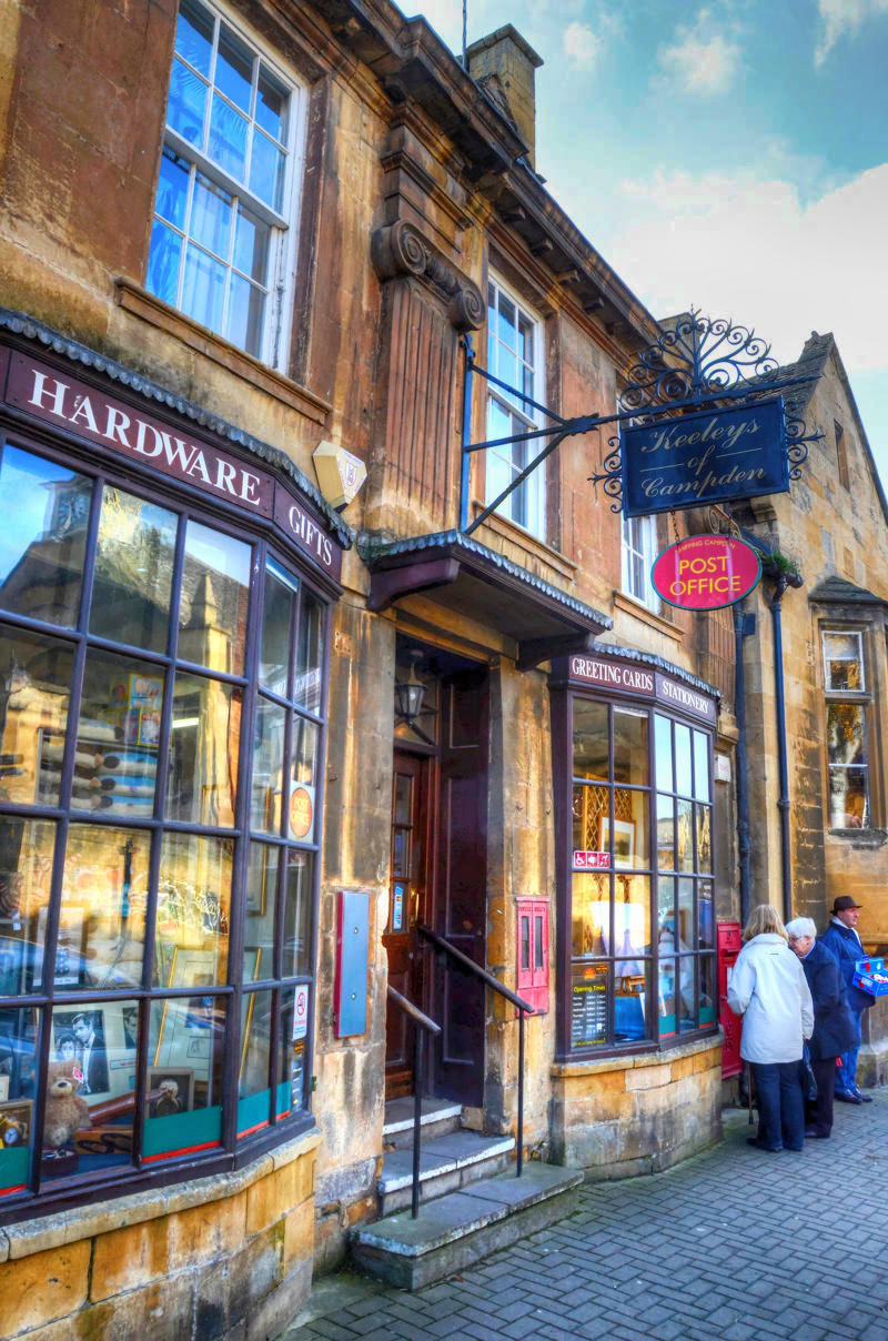 Chipping Campden Post Office. Credit Baz Richardson, flickr