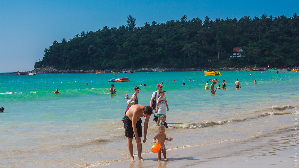 december.2017-Kata-Beach-Phuket-canon-7290