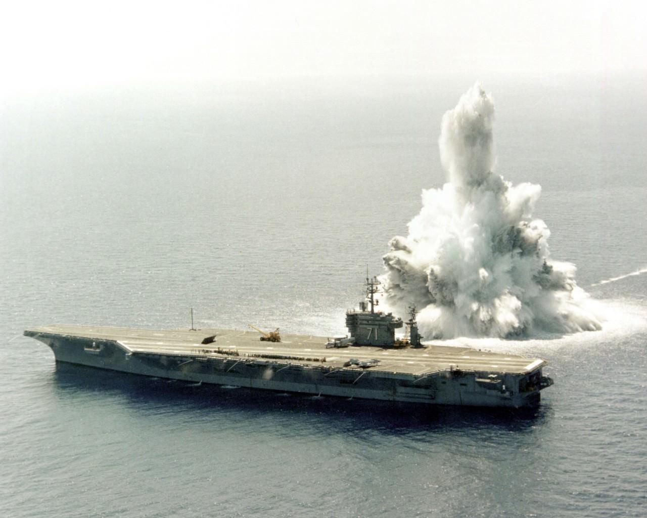 羅斯福號由美國出發到中東進行部署,途中略為調整行程參與是次聯合軍演。(PH2 Dale, U.S. Navy)