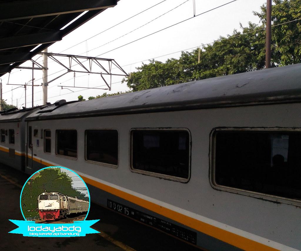 Review Sedikit Penomoran Gerbong Kereta Api (4/5)