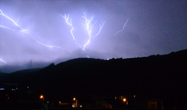 Η καταιγίδα «Ευρυδίκη» πάνω από την Ψίνθο (13/11/2017)