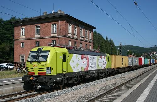 DGS 43963 (TXL, Hamburg-Waltershof–Linz Vbf) am 14.06.2017 in Rieneck