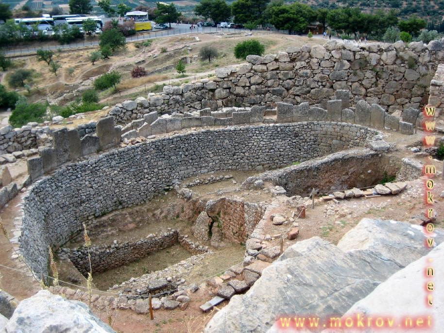 Исторический центр Афины в Греция фотографии сделанные как днем, так и вечером