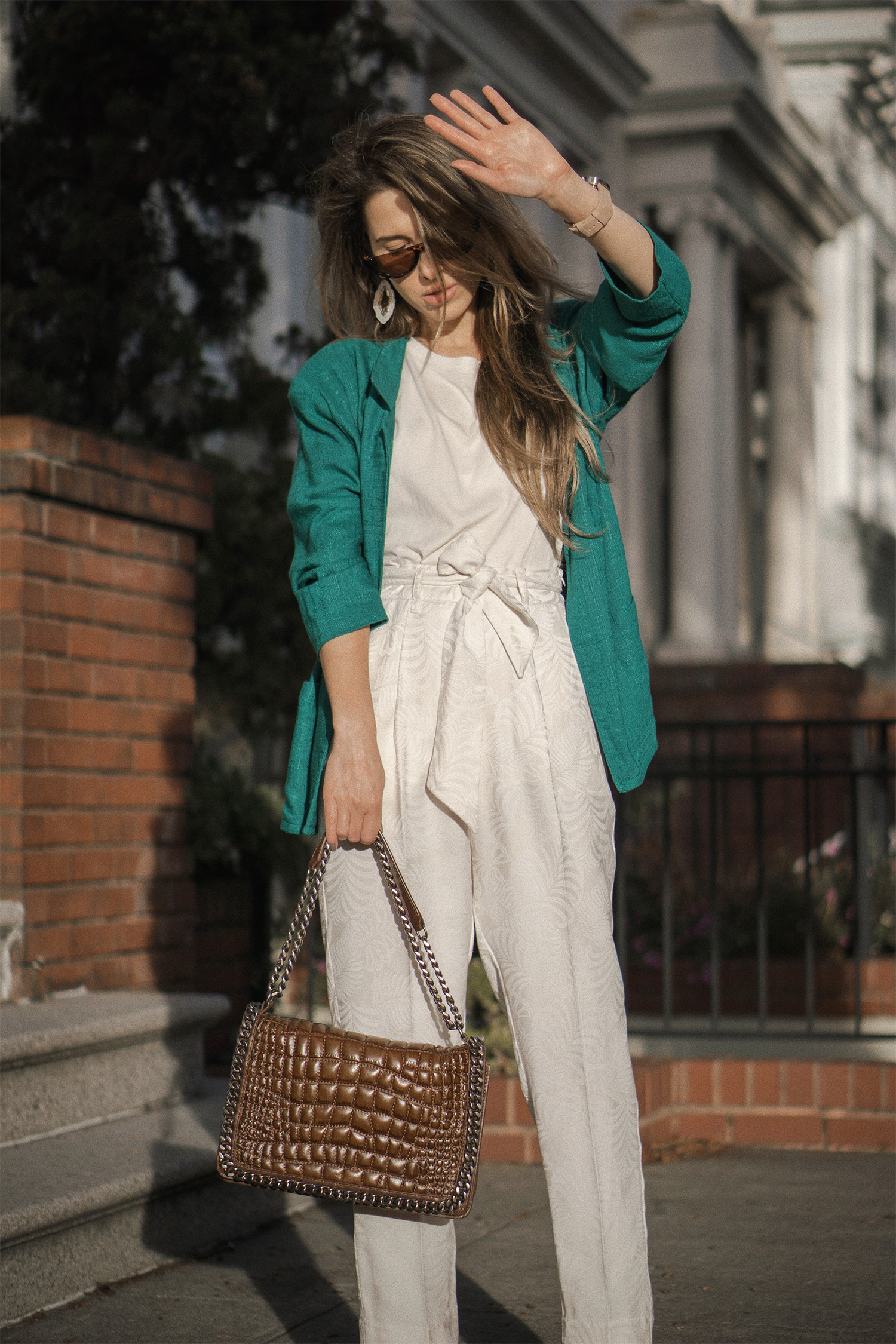 highwaisted_pants_green_jacket_thewhiteocean_lenajuice_03