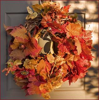 Wreath -- Late Fall Afternoon Courthouse Arlington (VA) November 2016