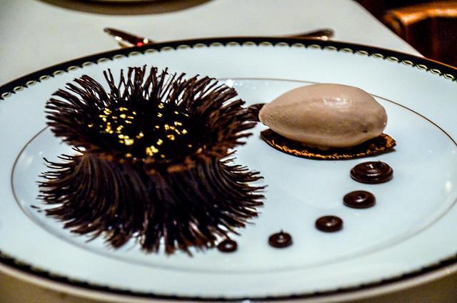 V&A chocolate dessert