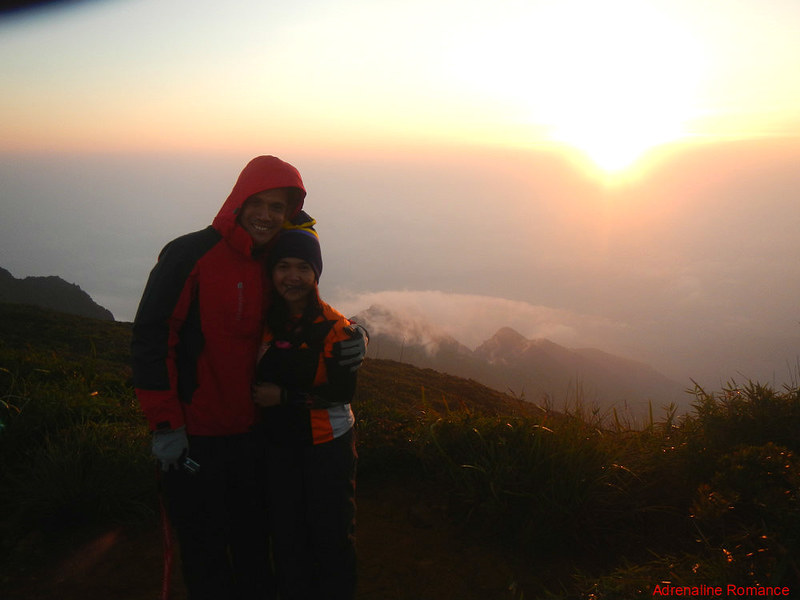 Lovers at the summit of one of the toughest mountains in the Philippines