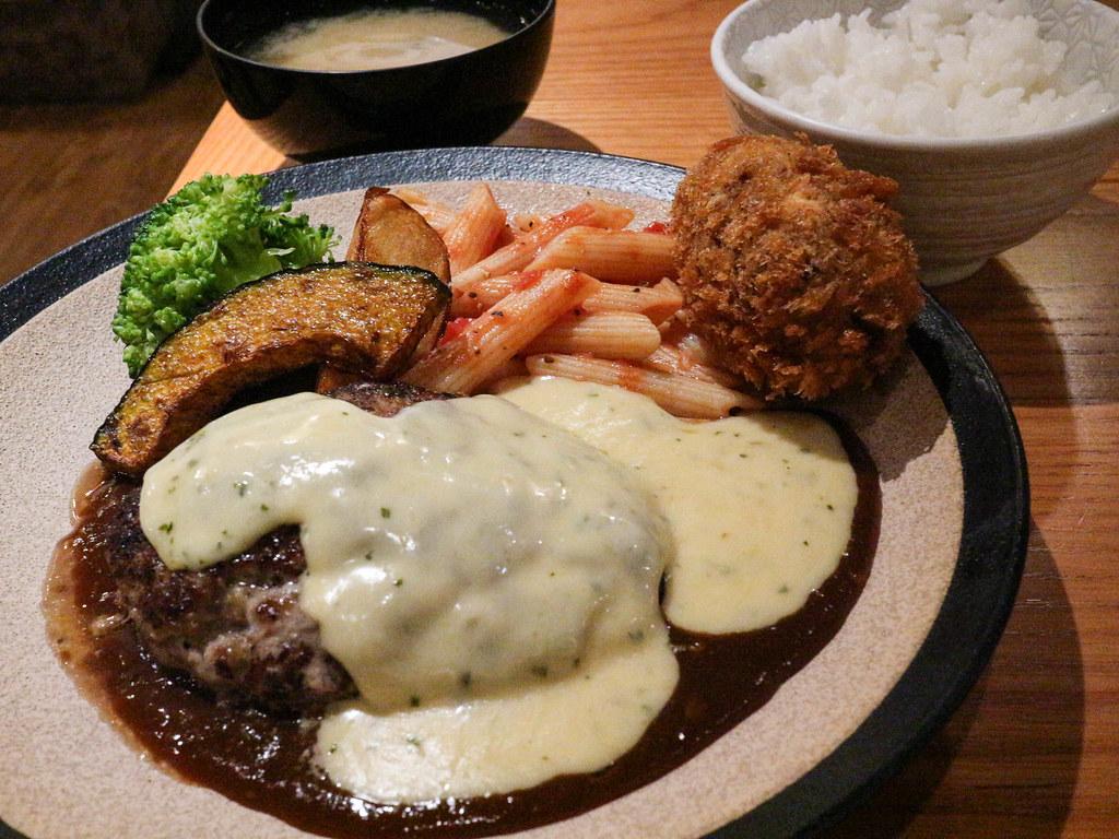 山本漢堡排 (18)