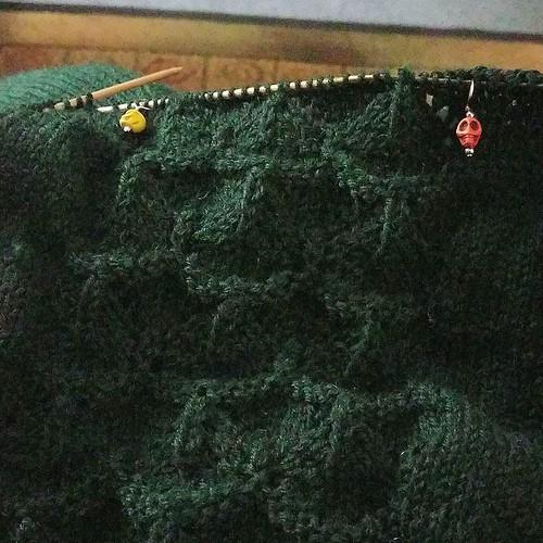 Sweater knitting today. #knitting #knittersofinstagram