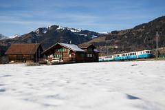 """MOB ABDe 8/8 4001 """"Schweiz"""" mit Regionalzug bei Gstaad"""
