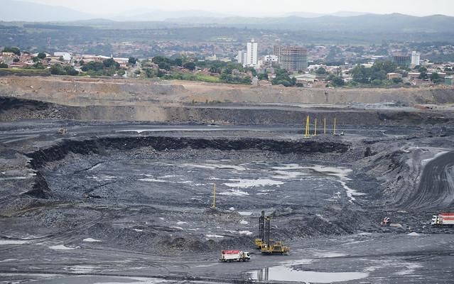 Royalties do minério de ferro aumentaram, mas continuam um dos menores do mundo - Créditos: Agência Brasil