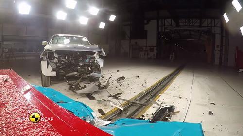 Mercedes Clase X EuroNCAP