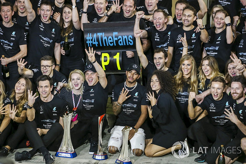 merc team photo 17