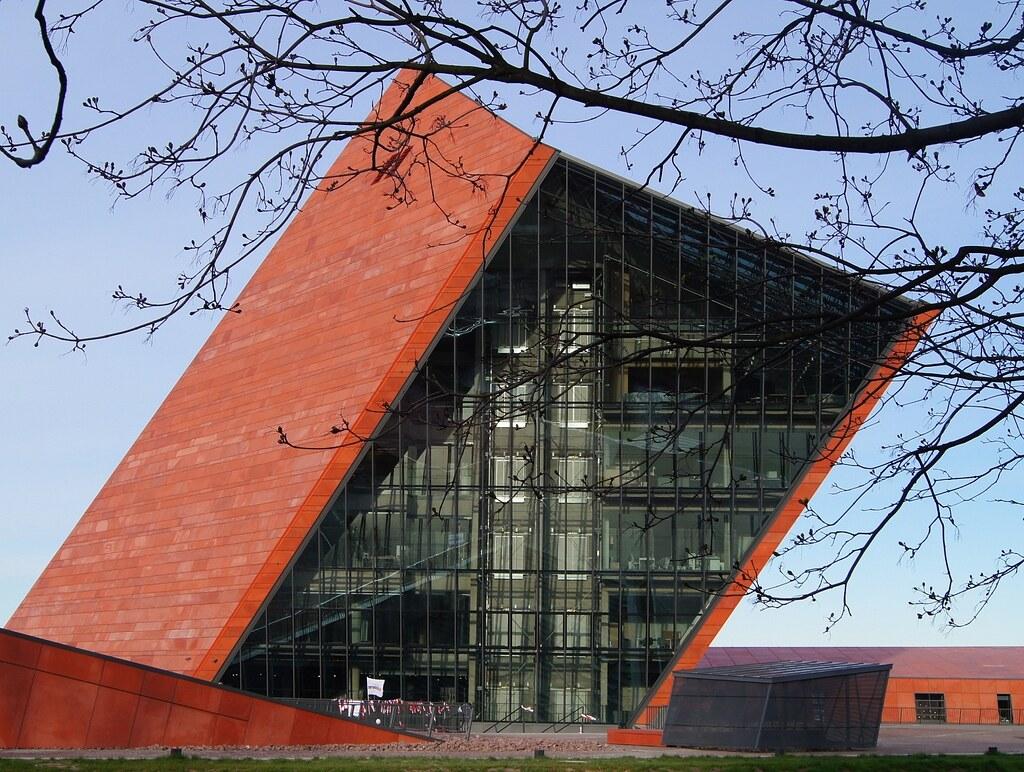 Gdańsk - Toisen maailmansodan museo, @Wikimedia Commons