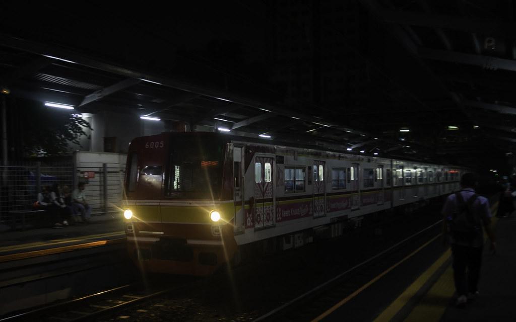 Tokyo Metro 6000 (6005);Yellow Line;Stasiun Cawang