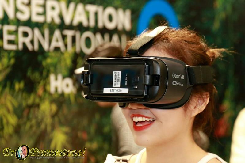 1st Virtual Reality Rollercoaster in Hong Kong