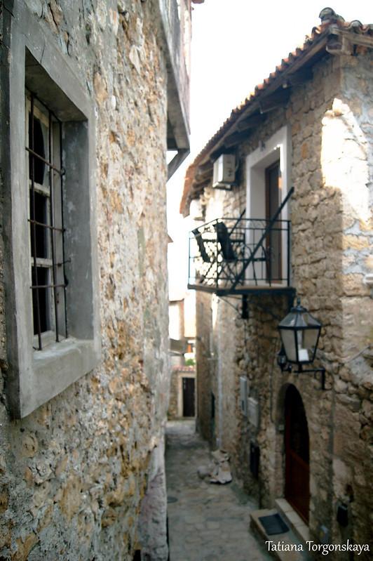 Дома в Старом Улцине