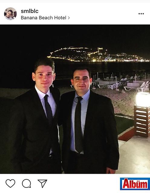 Hakim İsmail Balcı ve Cumhuriyet Savcısı Mehmet Ali Mercanoğlu, katıldıkları bir düğünde Alanya manzarasına karşı fotoğraf çekindiler.