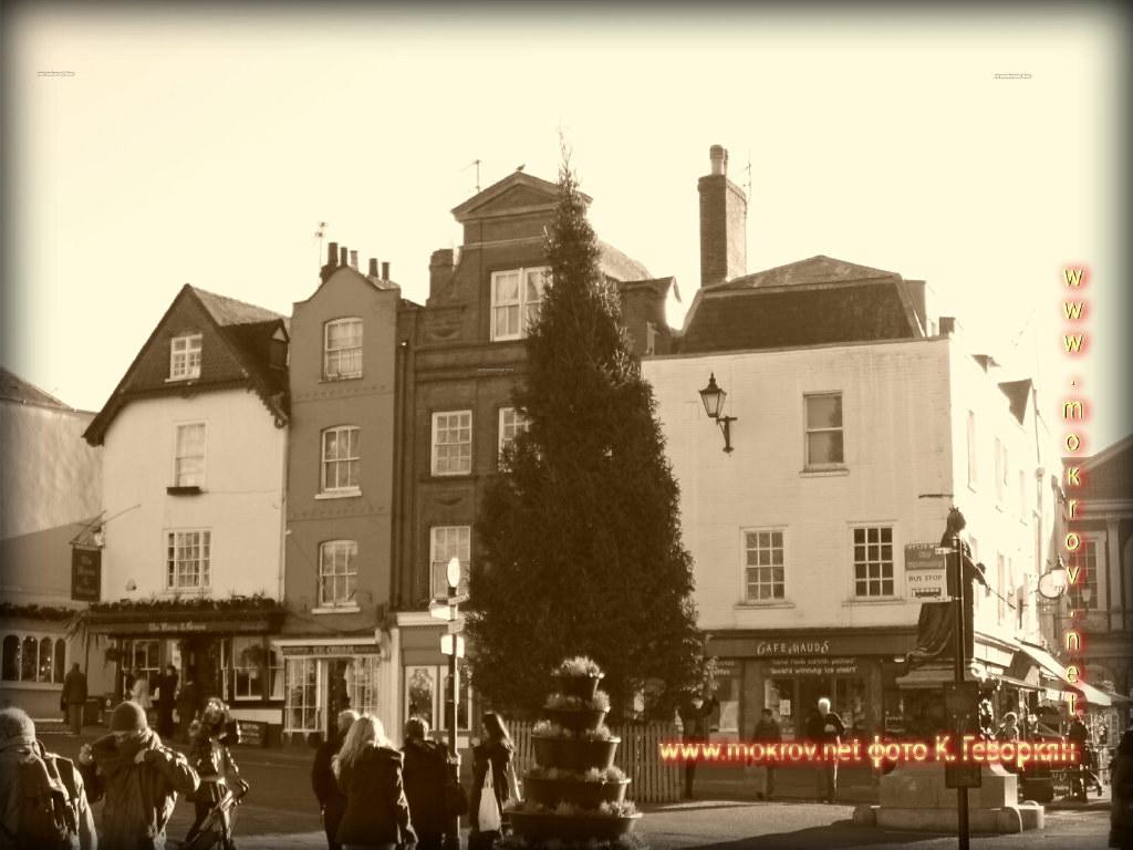 Исторический центр Лондон с фотокамерой прогулки туристов