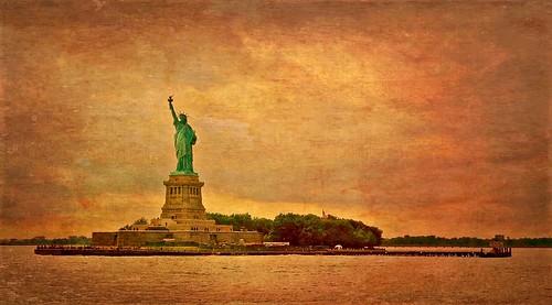 clouds jerseycity landmark manhattan newyork newyorkcity ny nyc project statueofliberty sunlight sunset travel usa statue liberty island river hudson nyandreas