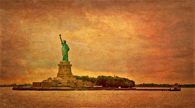 Statue of Liberty Series - V4, Vintage & Textured
