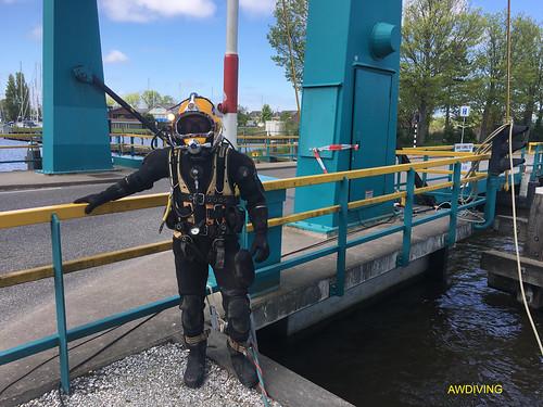 Brug reparatie onderwater