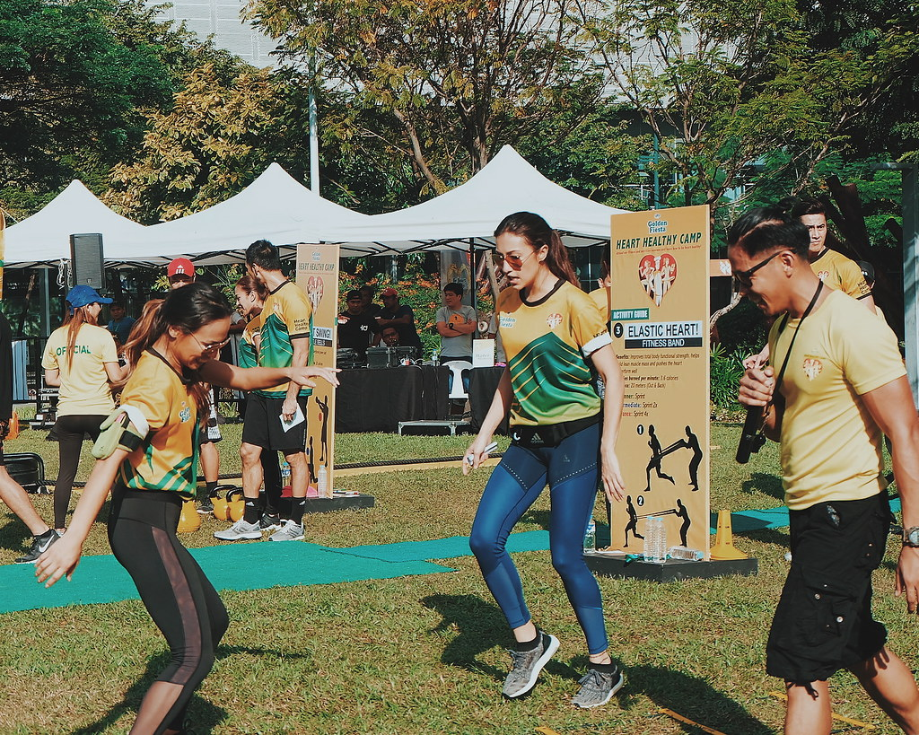 Solenn vs Nico at the NutriAsia's Golden Fiesta Heart Healthy Camp