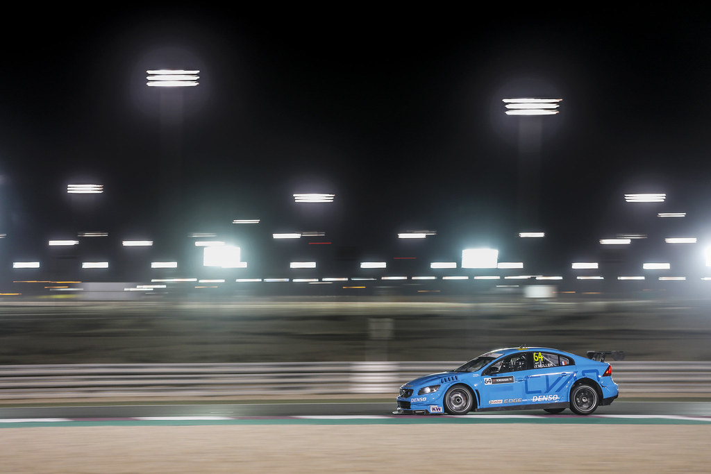 64 MULLER Yvan (fra), Volvo S60 Polestar team Polestar Cyan Racing, action during the 2017 FIA WTCC World Touring Car Championship race at Losail  from November 29 to december 01, Qatar - Photo Francois Flamand / DPPI