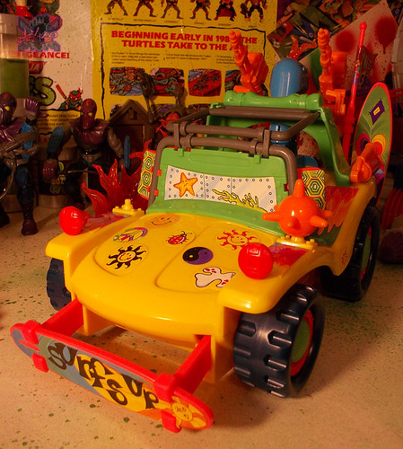 TEENAGE MUTANT NINJA TURTLES :: MIKE'S KOWABUNGA SURF BUGGY .. turns vi (( 1991 ))