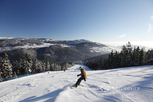 Zalyžujte si ve skiareálu HERLÍKOVICE-BUBÁKOV s 25 % slevou v zimní sezóně 2017/18