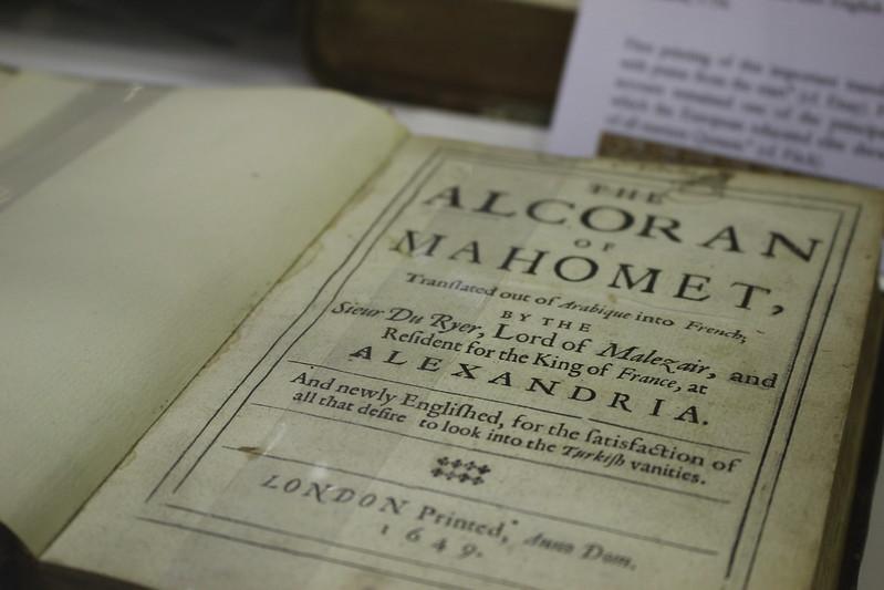 The Alcoran of Mahomet, traduit par Alexander Ross, 1649 - Foire du Livre de Charjah
