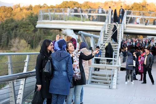 伊朗Tabiat人行步橋