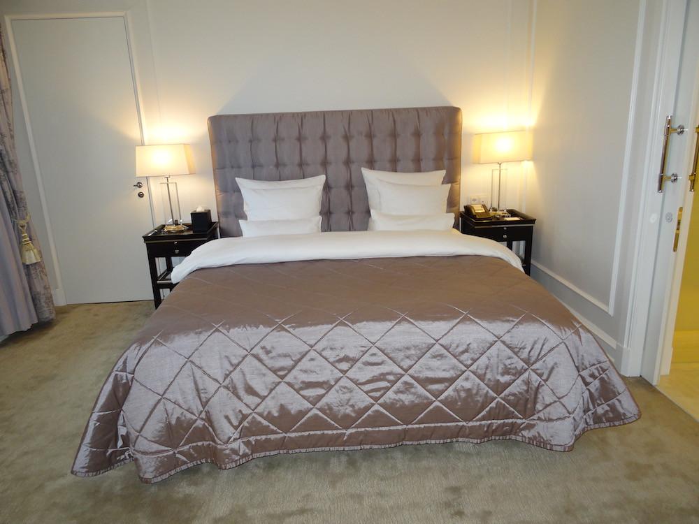 Deluxe Suite Bedroom at Hotel D'Angleterre