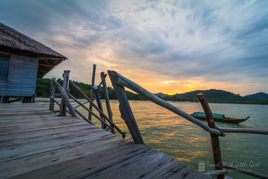 Sunrise at Telunas Beach Resort