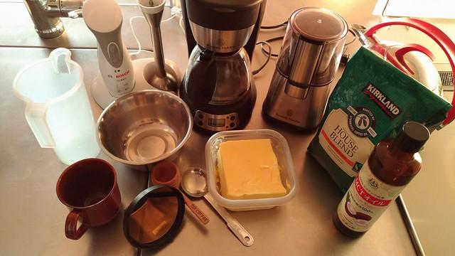 バターコーヒーの材料と道具