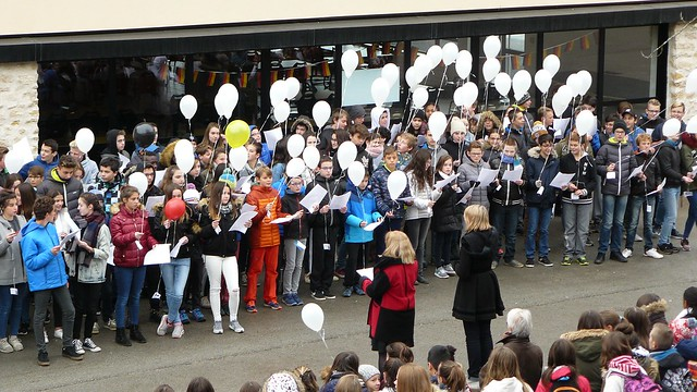 Commémoration de l'anniversaire de la chute du mur de Berlin au collège Paul Sixdenier