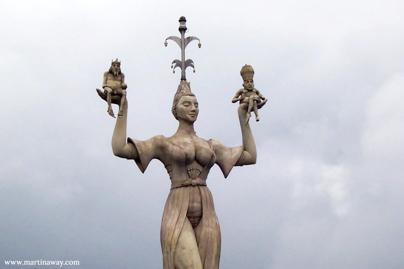 La statua di Imperia