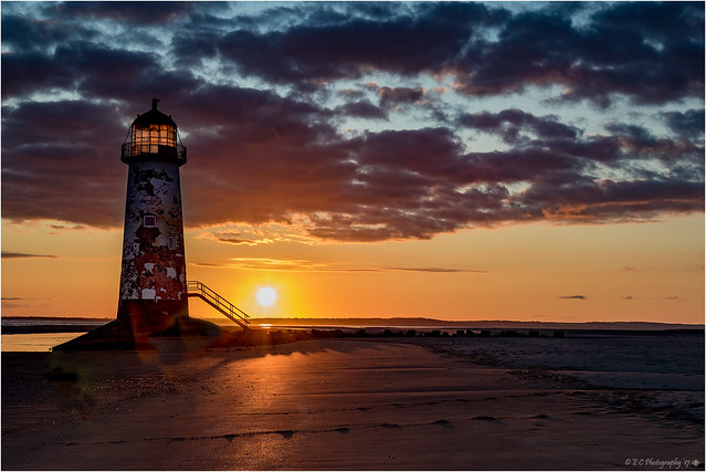 The Point of Ayr Lighthouse (Sunrise)