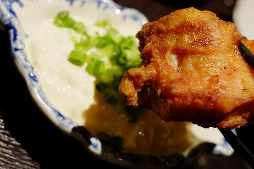 tartar sauce with fried chicken