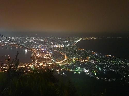 函館の夜景。早く寝たかったけど見に行って良かった