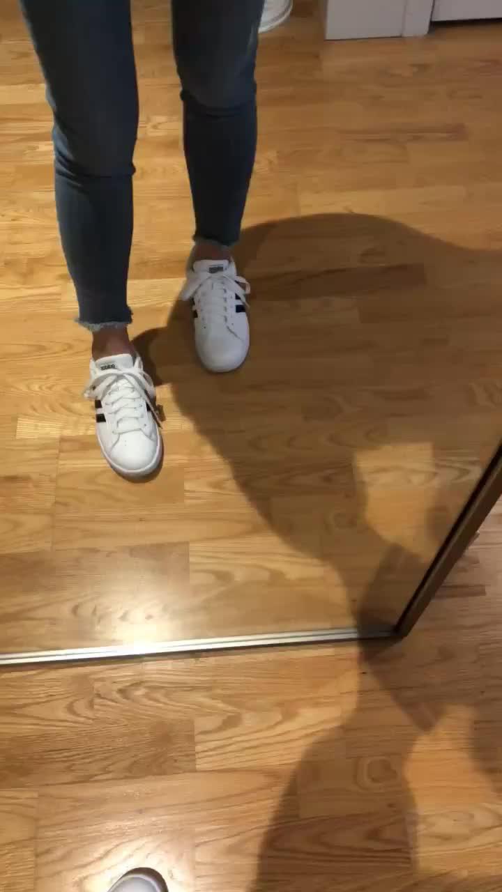 LOFT Chewed Hem Jeans, size 25/0P