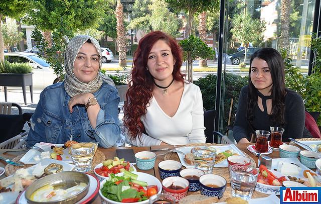 Nesrin Kiriş Kesici, Özlem Türkmen, Dilan Özel