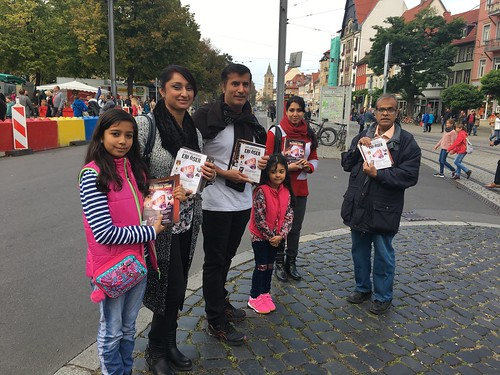 2017-November-13-LEAFLETING-Mission Activites in Domplatz, Erfut, Germany
