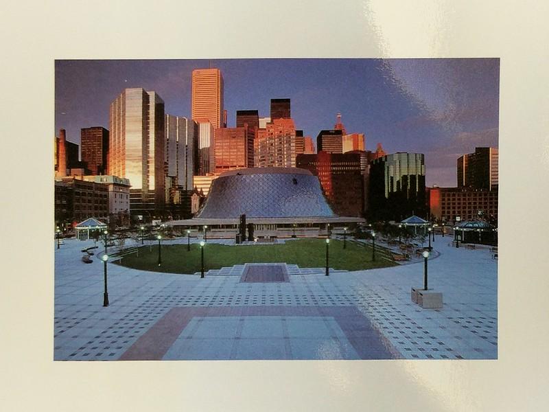 Toronto - Downtown skyline - Roy Thompson Hall