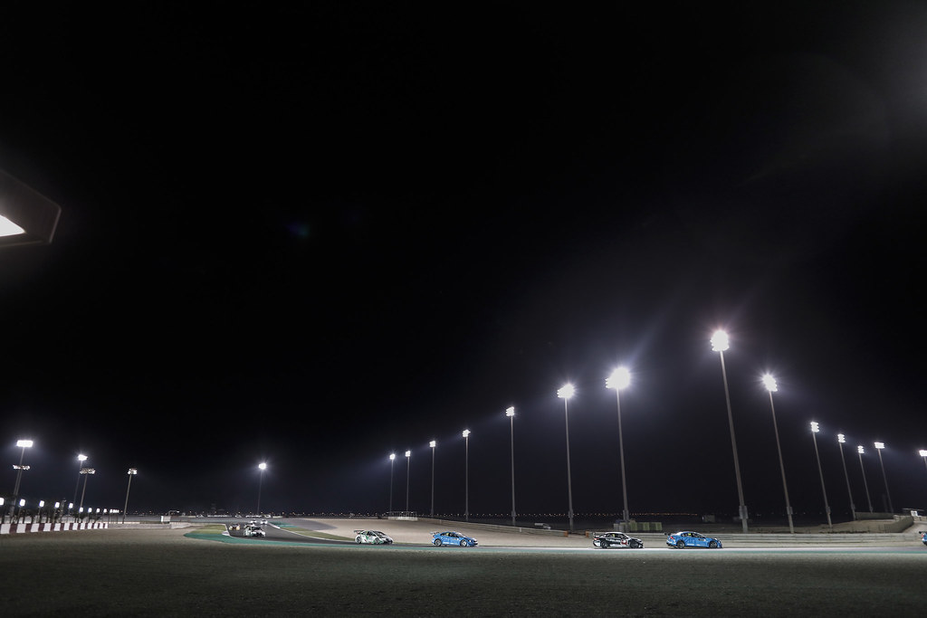 ambiance night during the 2017 FIA WTCC World Touring Car Championship race at Losail  from November 29 to december 01, Qatar - Photo Francois Flamand / DPPI