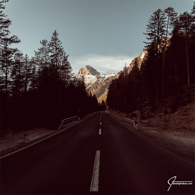 road to dolomites