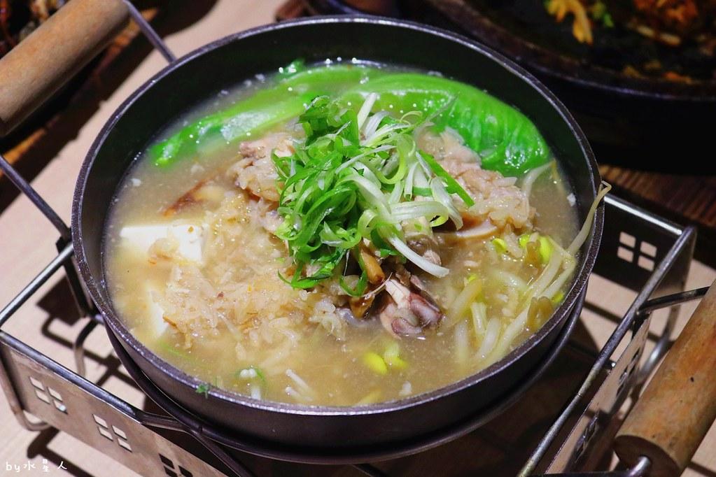 24002431877 de5b6a3dd3 b - 熱血採訪|O八韓食新潮流,平價創意韓式料理,石鍋拌飯份量十足