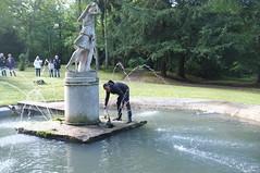 Le fontainier en action - Photo of Montchauvet