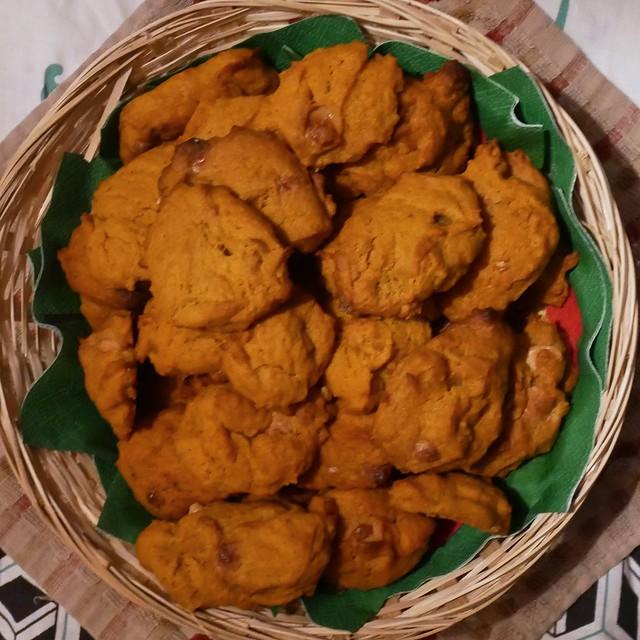 Recipe for White Chocolate Pumpkin Cookies - P1100209