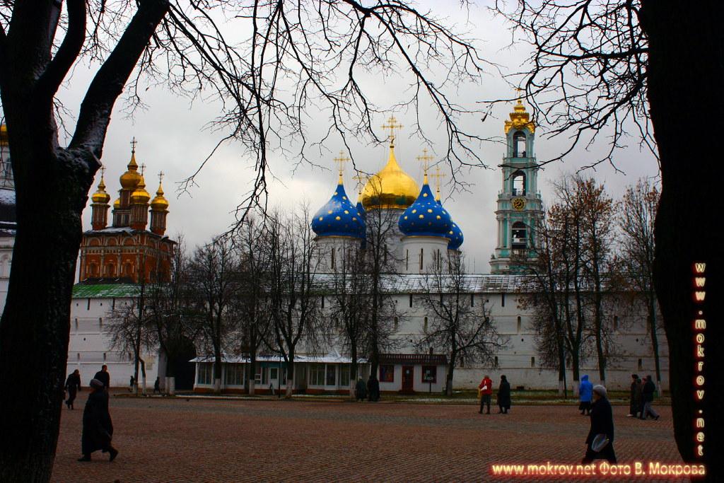 Город Сергиев Посад фотографии сделанные как днем, так и вечером